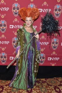 Bette Midler Hocus Pocus Winifred Sanderson's character is in the wake for Halloween